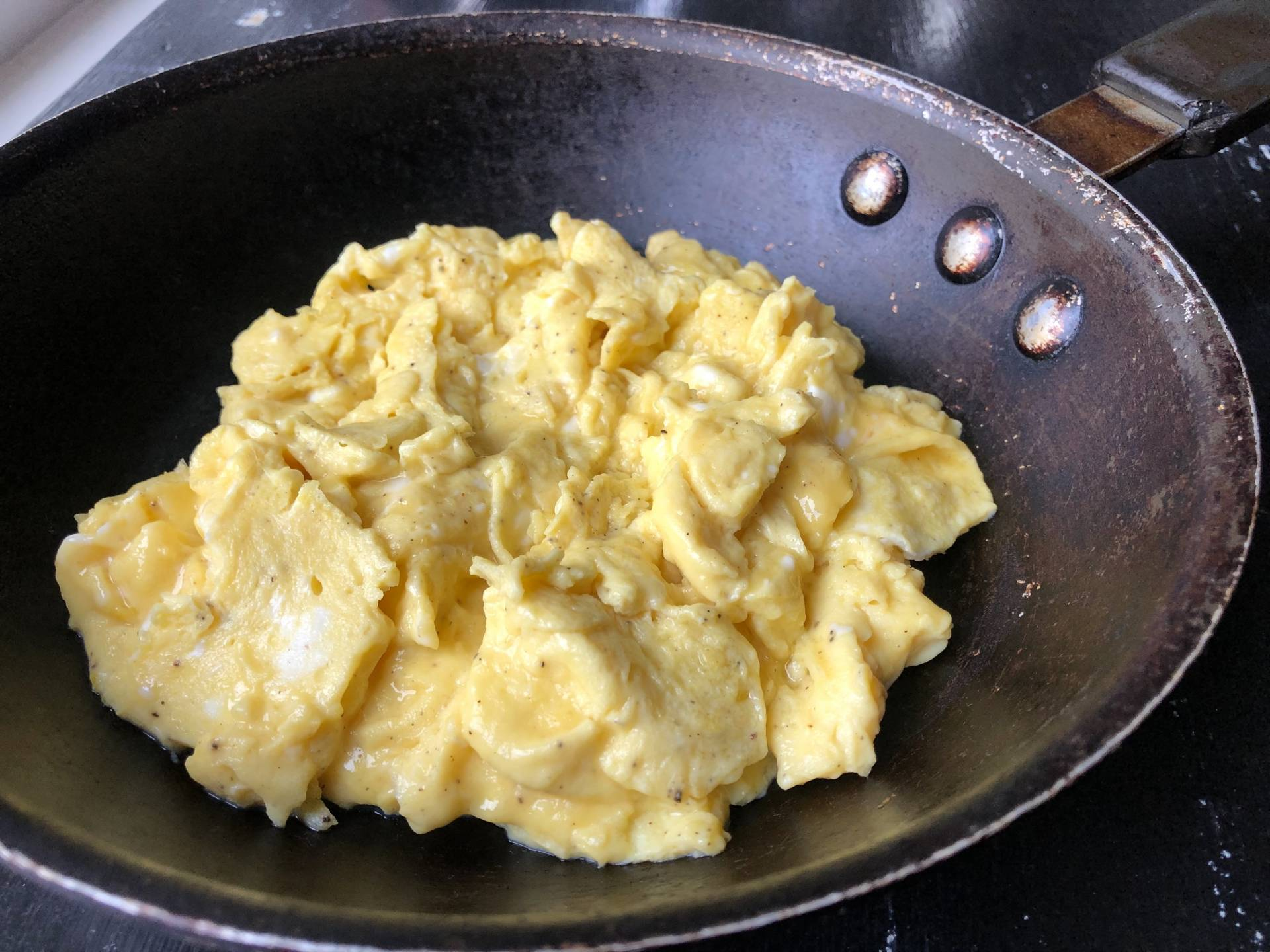 How to Make Perfect Scrambled Eggs Image