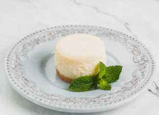 Apple Gouda Cheesecake