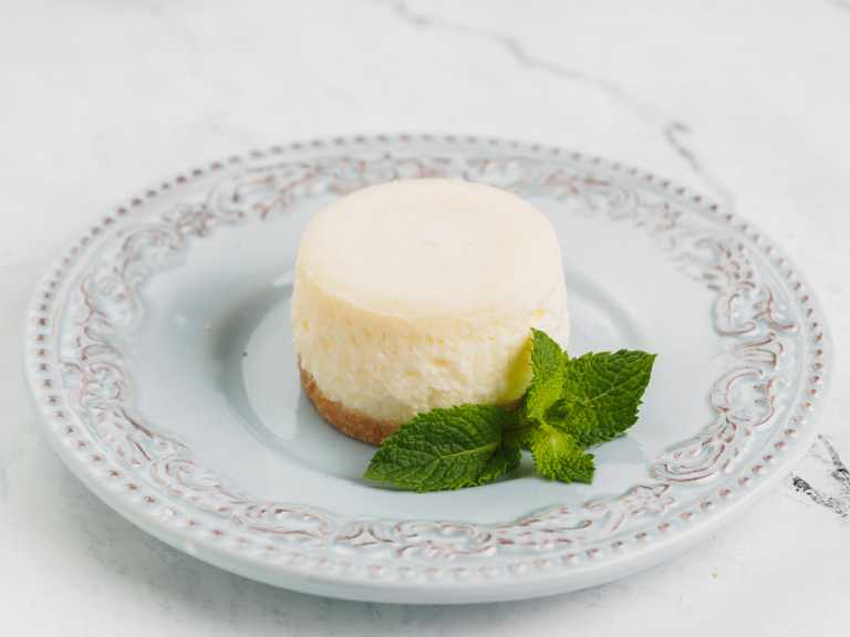 Apple Gouda Cheesecake Recipe Image