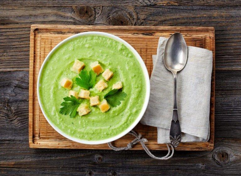 Gazpacho Verde con Tomatillos y Melon Verde Recipe Image