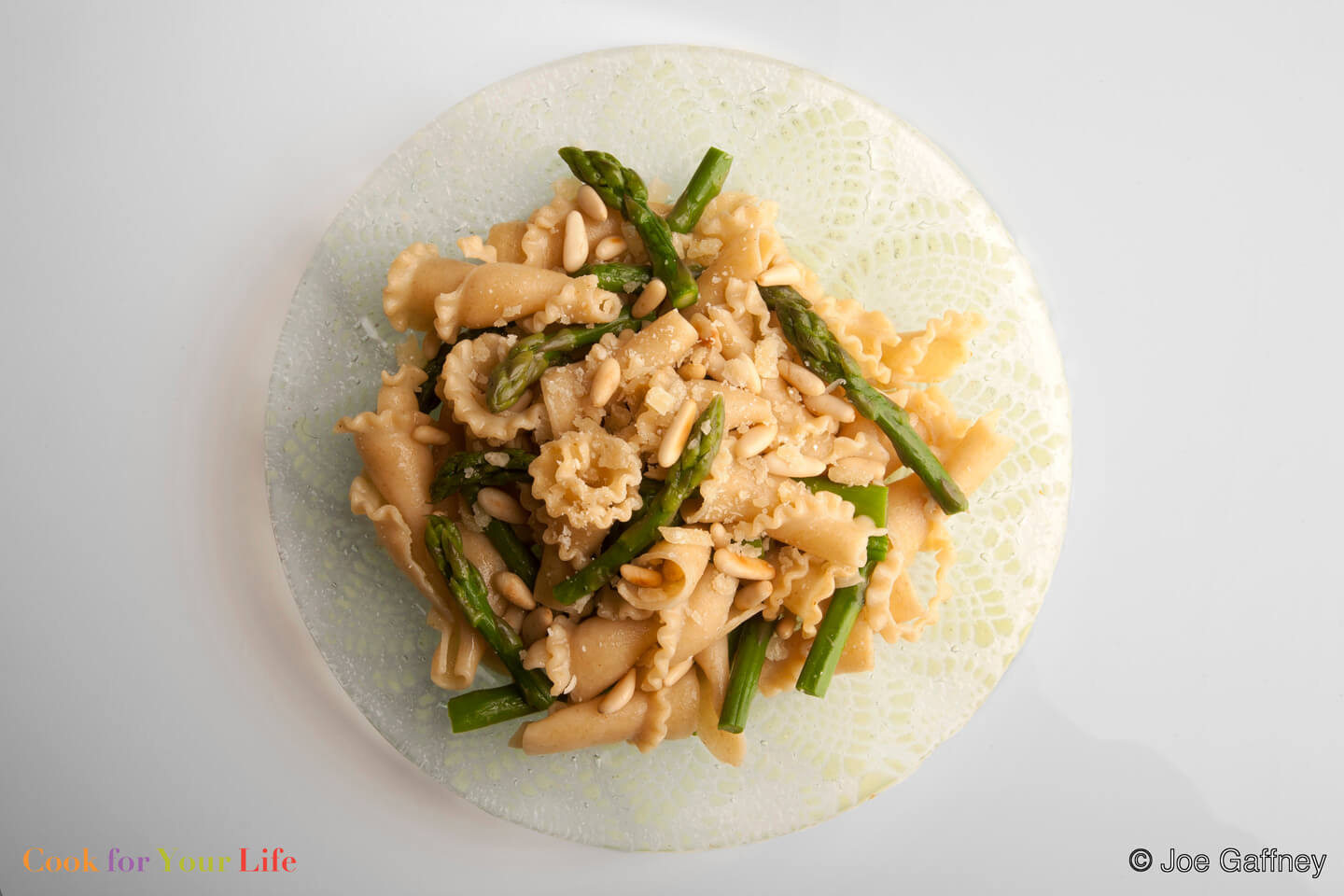 asparagus, pine nuts, whole wheat pasta - anti-cancer recipes - Cook For Your Life- Asparagus & Pine Nut Pasta