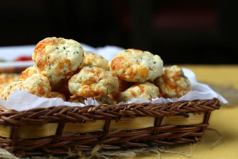 Gruyere Tarragon Biscuits Recipe Image