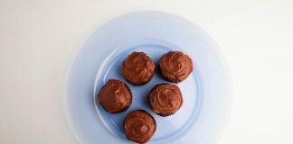 Chocolate Beet Cupcakes - Cook For Your Life - Magdalenas de Chocolate y Remolacha- anti-cancer recipes- cook for your life