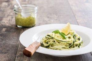 Pasta con Pesto Vegano Recipe Image