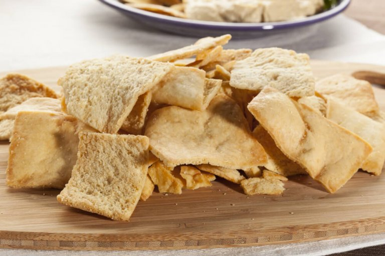 Baked Whole Wheat Pita Chips Recipe Image