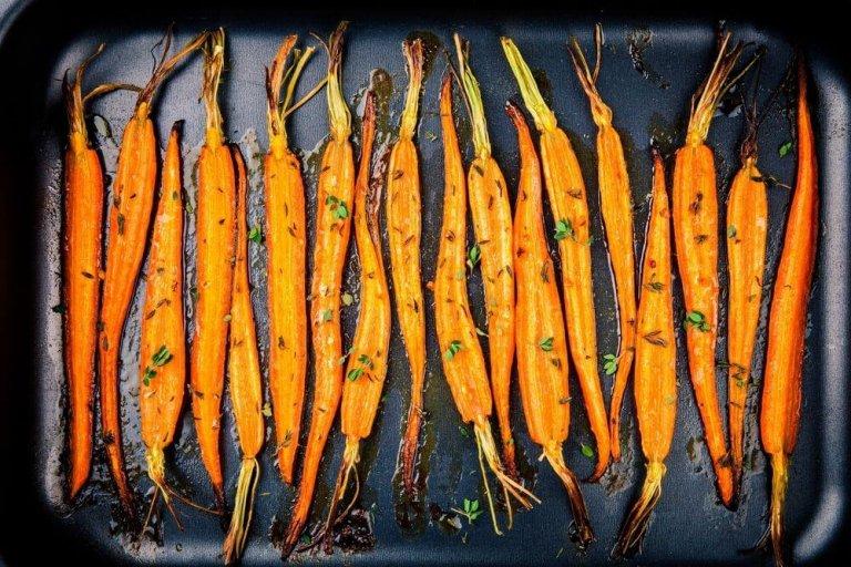 Zanahorias Asadas con Asafétida Recipe Image