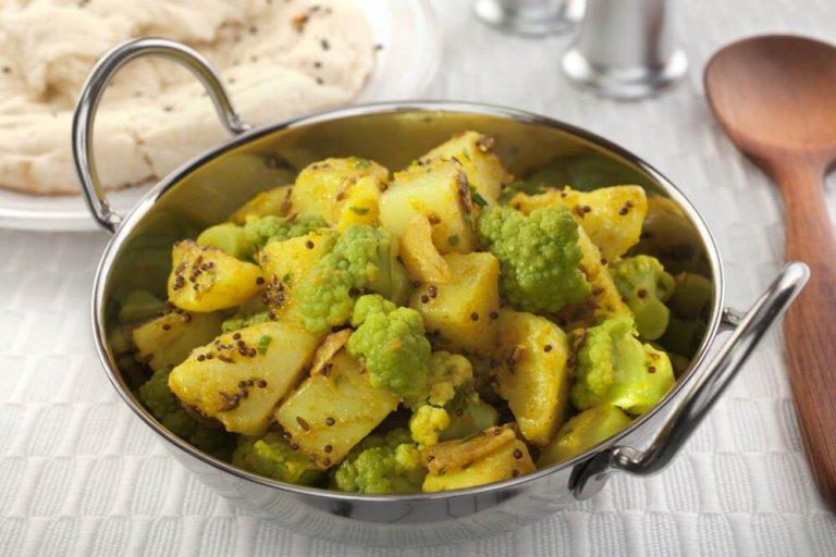 Cauliflower & Potato Curry Recipe Image