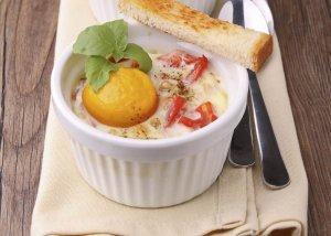 Huevos, Garbanzos y Tomates Asados Recipe Image