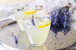 Limonada de Lavanda Recipe Image