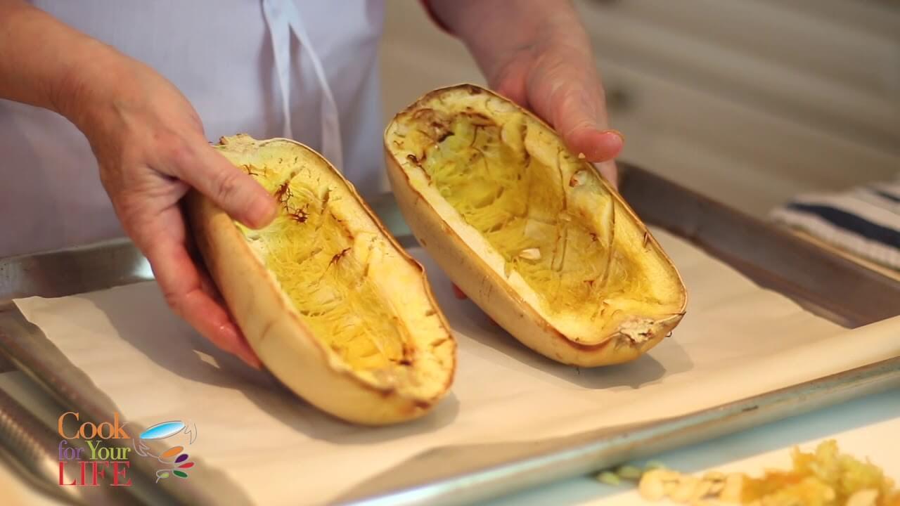 Cómo cortar la calabaza butternut Image