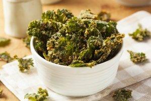 Cheesy Kale Chips Recipe Image