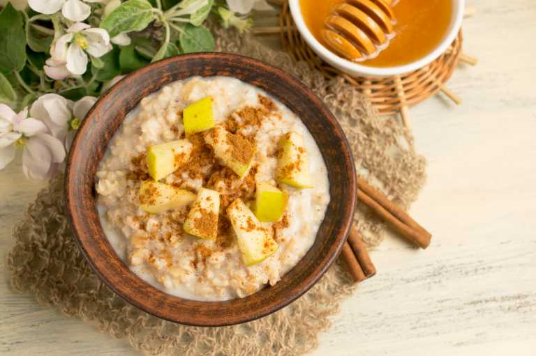 Tahini & Apple Oatmeal Recipe Image