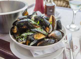 Moules Mariniere - Cook For Your Life-anti-cancer recipes