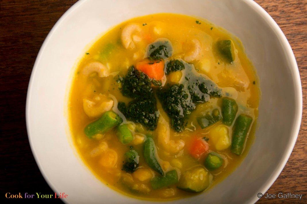 Sopas con vegetales de otoño Image