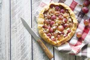 Easy Grape Tart Recipe Image