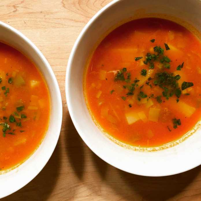 Mexican-Style-Leek-and-Potato-Soup