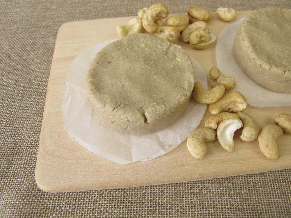 Cultured Vegan Cream Cheese Spread