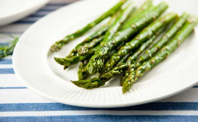 Simple Steamed Asparagus Recipe Image